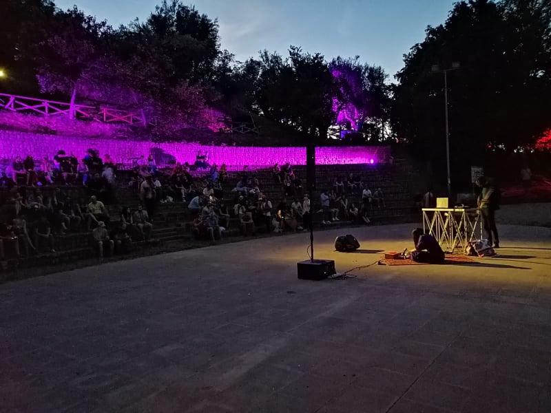 anfiteatro sant'angelo a Perugia - concerto Giovanni Truppi