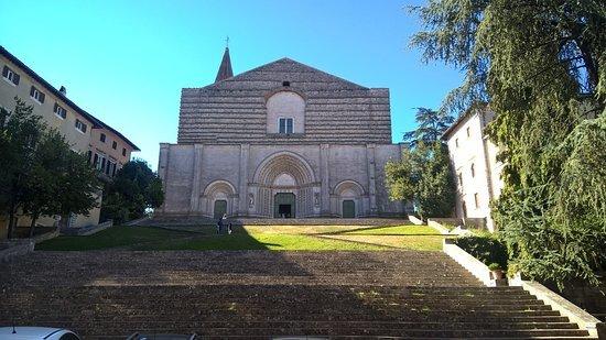 chiesa san-fortunato todi