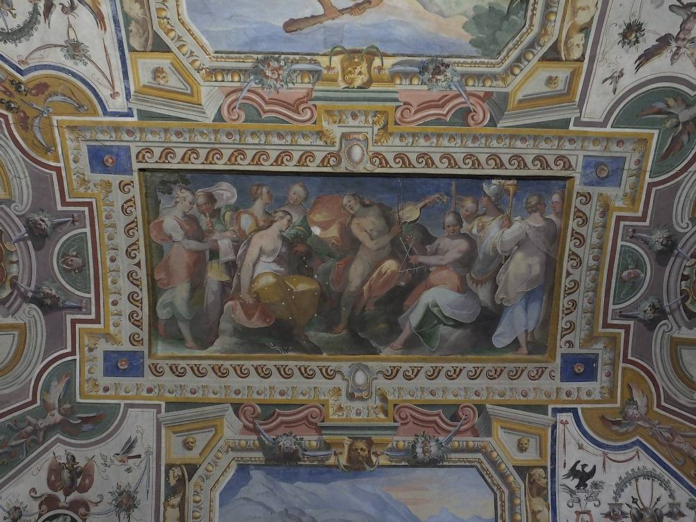 Itinerario lungo la via delle acque minerali: La sontuosita' di Palazzo Cesi ad Acquasparta