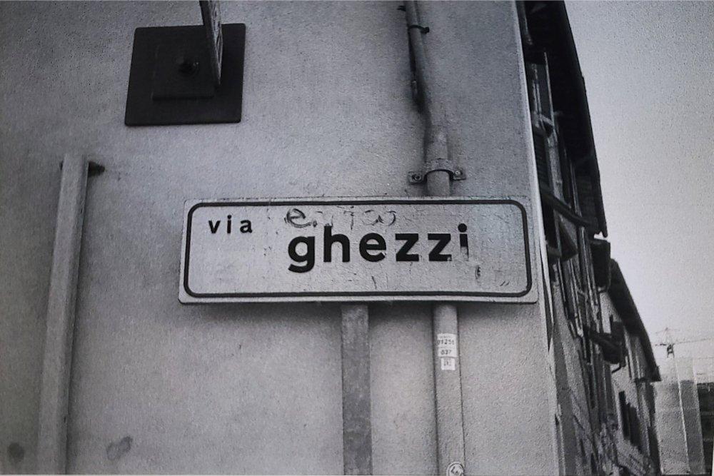 Omaggio un po' sbiadito ad Enrico Ghezzi. Corso Cavour, PG.