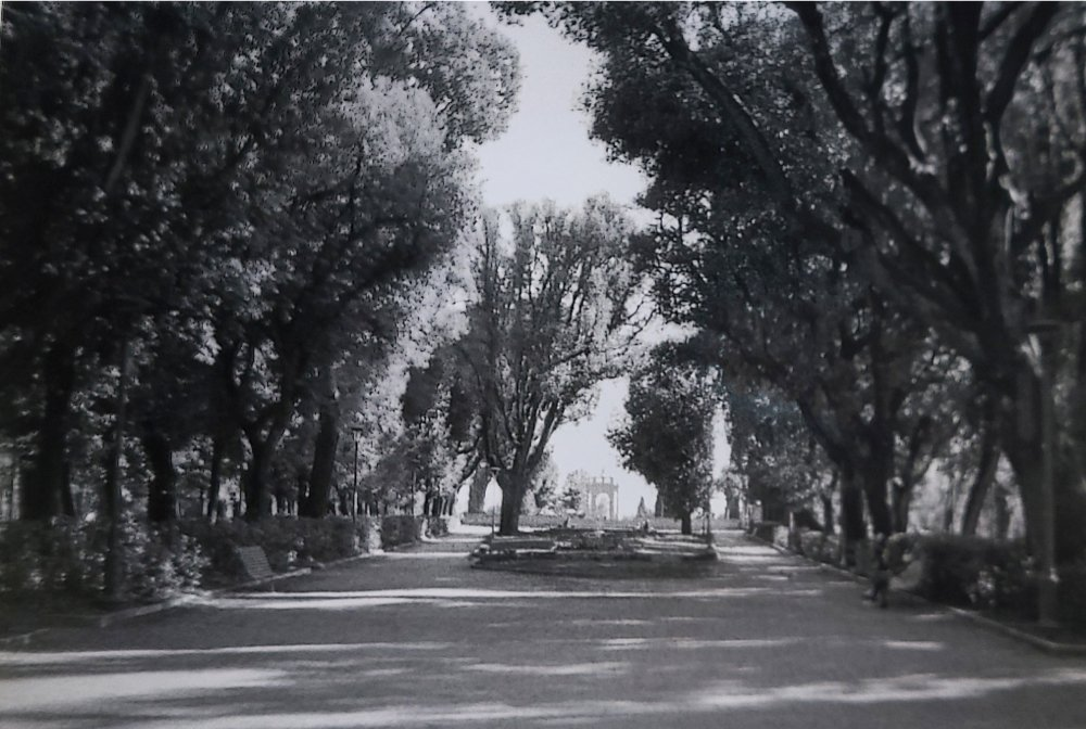 Giardini del frontone. Silenzio. Corso Cavour, PG.
