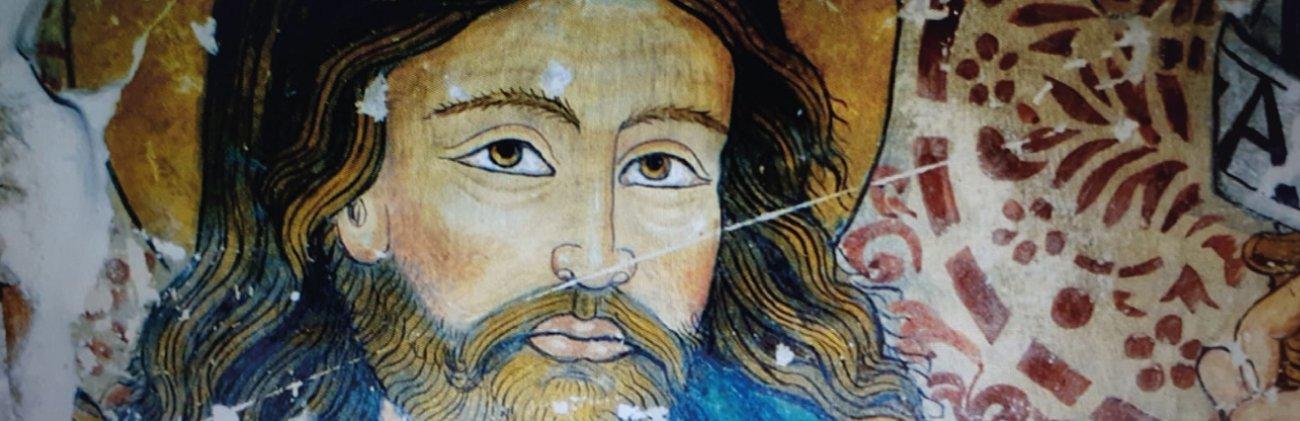 Sulle tracce di Andrea d'Assisi, detto l'Ingegno. Sua la Madonna con il bambino dell'oratorio di San Bernardino di Gaiche, a Pietrafitta. Da visitare anche la chiesa di San Lorenzo