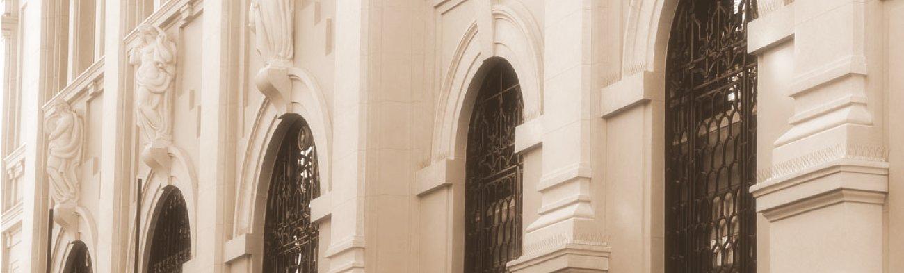 Palazzo Bazzani e la chiesa di San Giovanni Decollato
