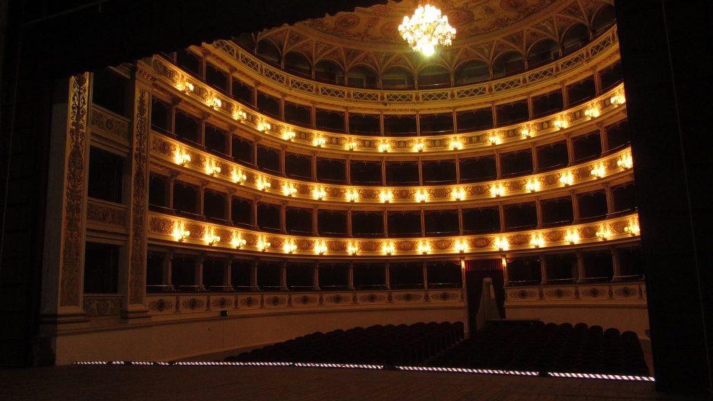 Teatro nuovo Gian Carlo Menotti - Adriano belli